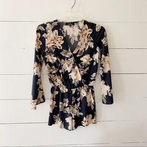 Lulus Bell Sleeve Floral Romper Jumpsuit XS 0 2